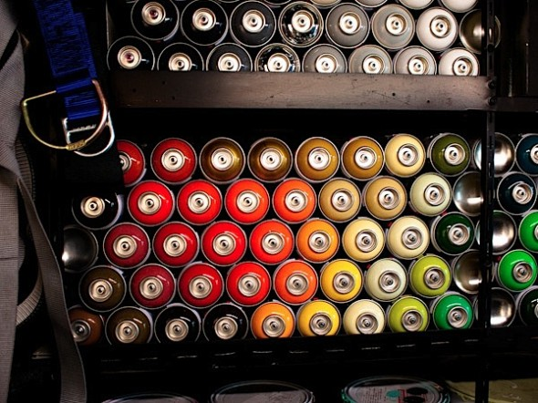 Graff-Mobile-street-art-08-590x442