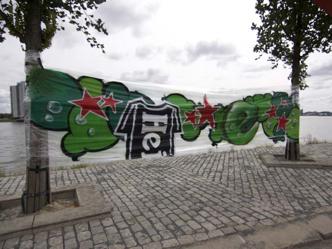 cellofaan-graffiti-heineken