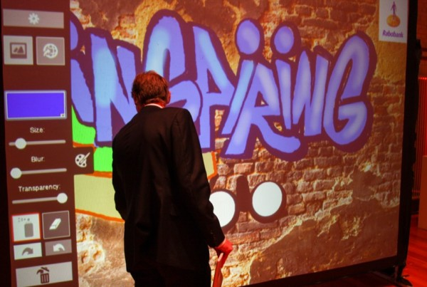 Digitale graffiti wall Rabobank