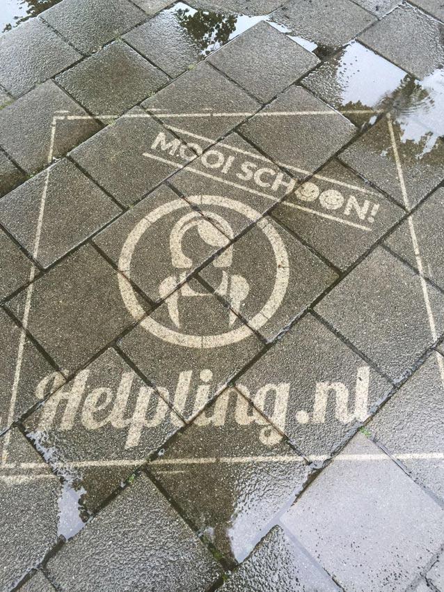 Helpling reverse graffiti campagne