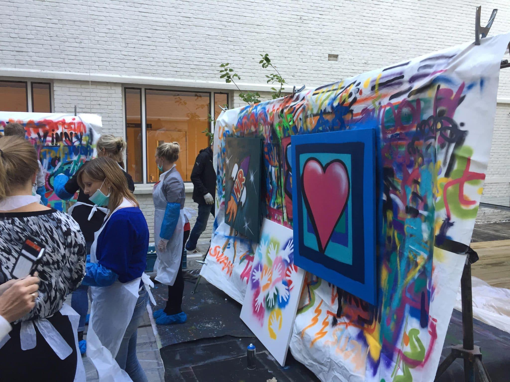 KPMG workshop graffiti spuiten