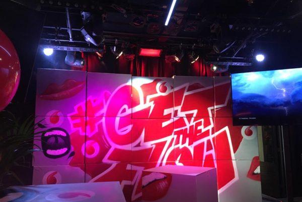 Ściana skrzynki Vodafone