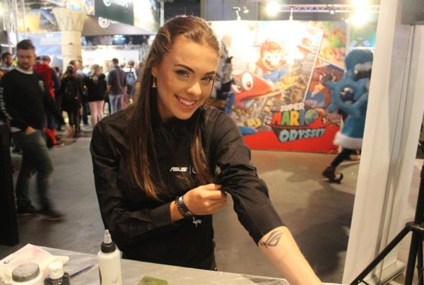 Airbrush tattoos ASUS