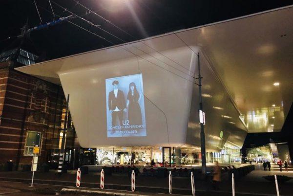 Publicidad en haz U2.