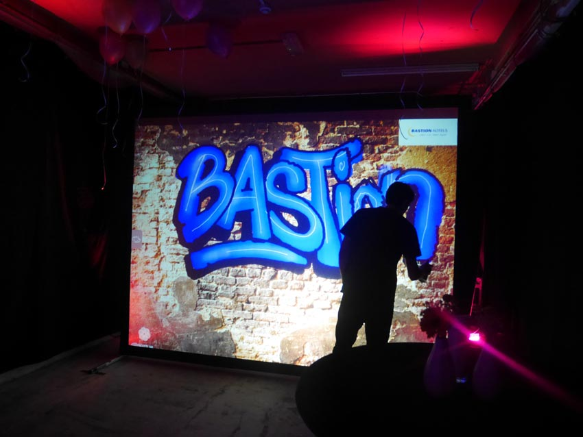 Digitale graffiti wall Bastion Hotels