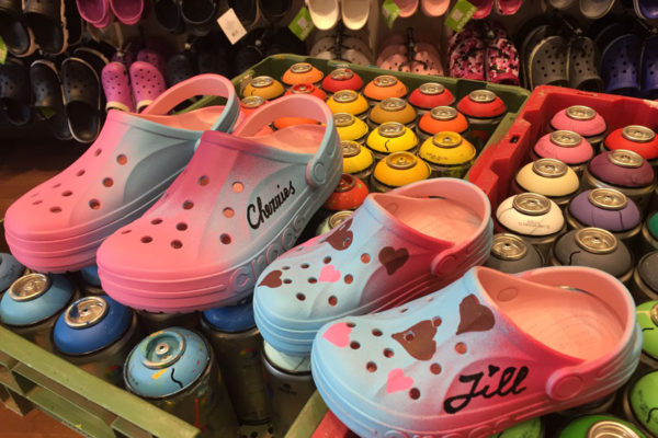 Customizen Crocs