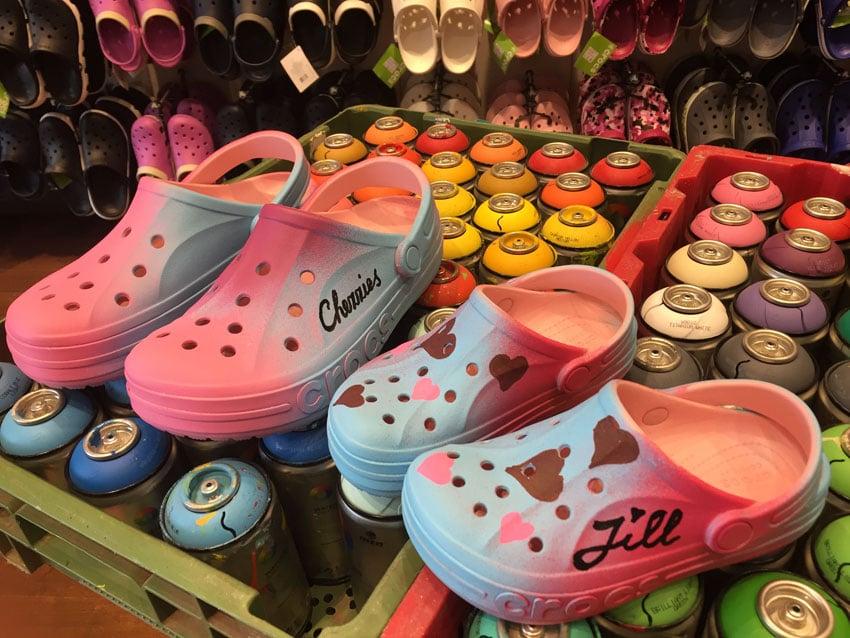 Customizen Crocs