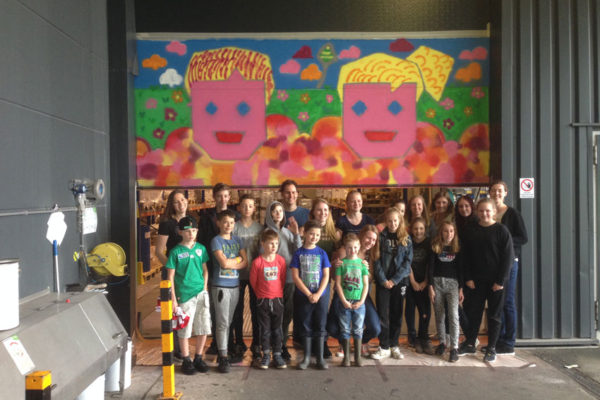 Baril spraying graffiti workshop