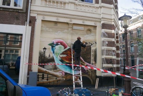 Gatukonstmålning Amsterdam