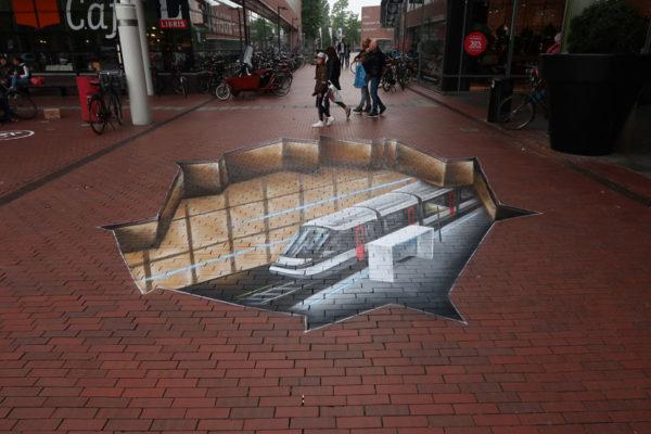 Jour de peinture de rue de la construction