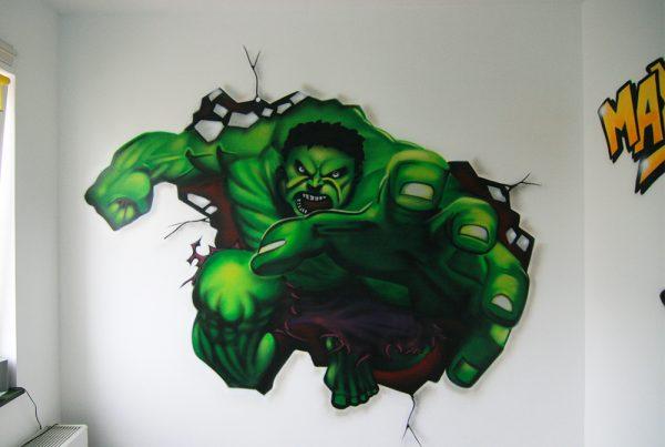 绿巨人幼儿园绘画