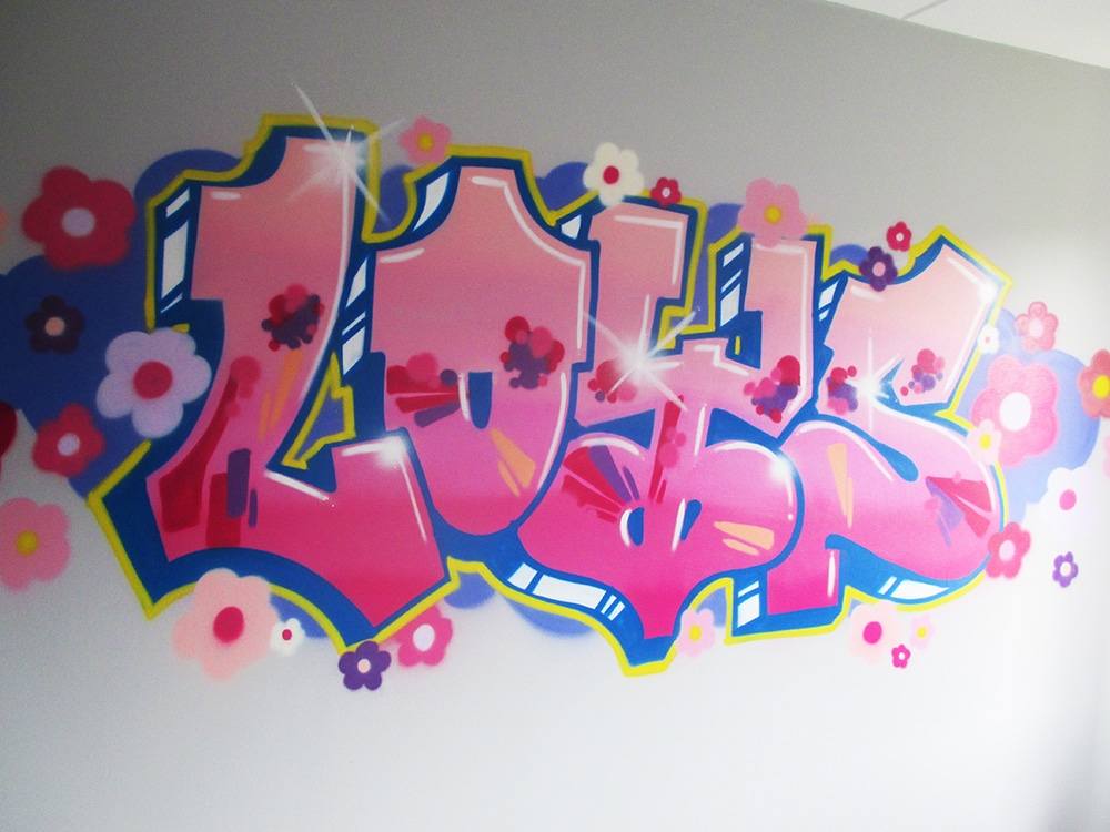 Loys in graffiti letters