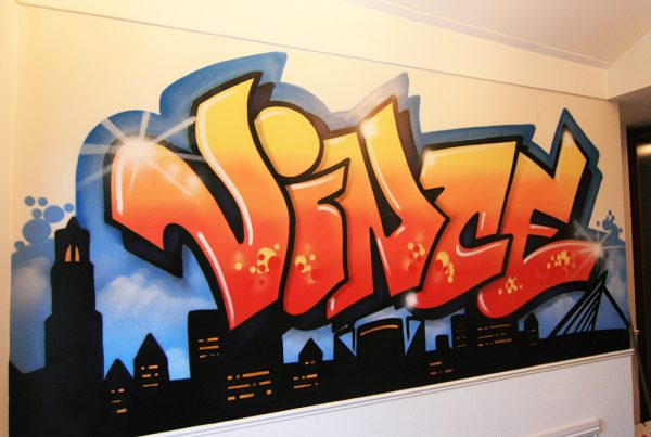 Graffiti skyline and name