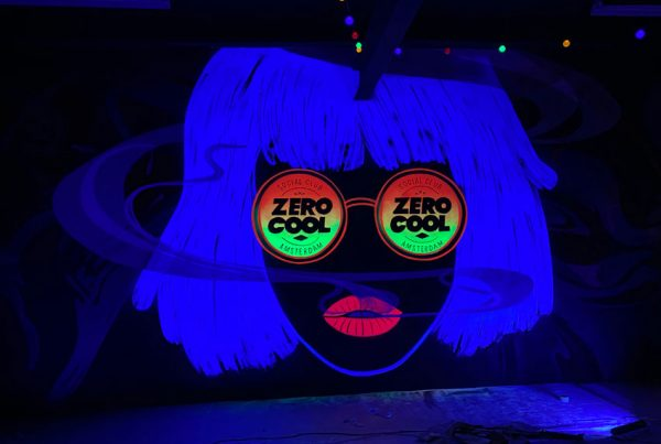 Peinture murale Glow in the Dark Zero Cool