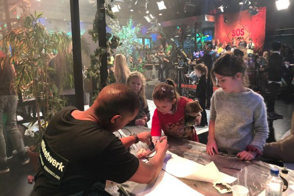 Airbrush tattoos Zapplive